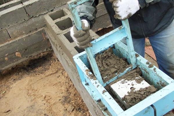 распалубка бетонного изделия